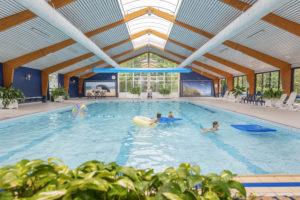 Indoor Schwimmbad Park Campanula