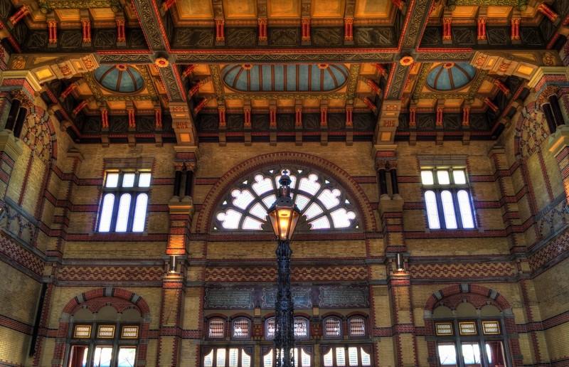 Urlaub in Groningen: Der Hauptbahnhof ist besonders sehenswürdig.