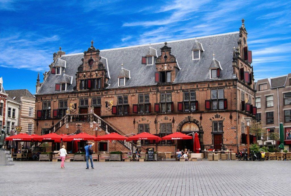 Urlaub in Nijmegen auf dem Marktplatz.