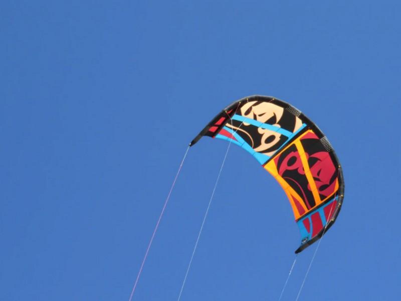 Kitesurfen machen Sie am besten beim Dorf Bergen aan Zee.